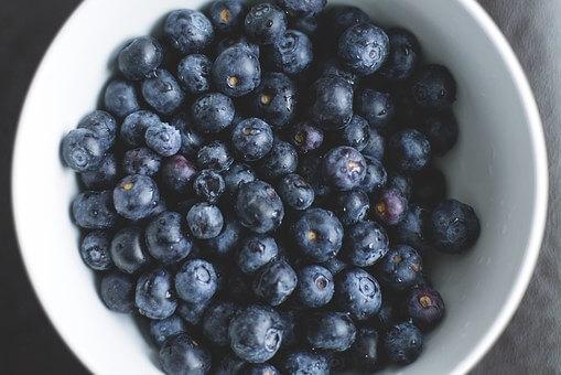 Beneficios de tomar arandanosen tu dia a dia