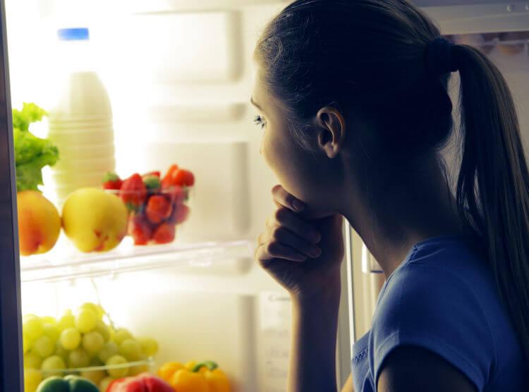 ¿Qué necesita tu dieta para perder peso por la noche?
