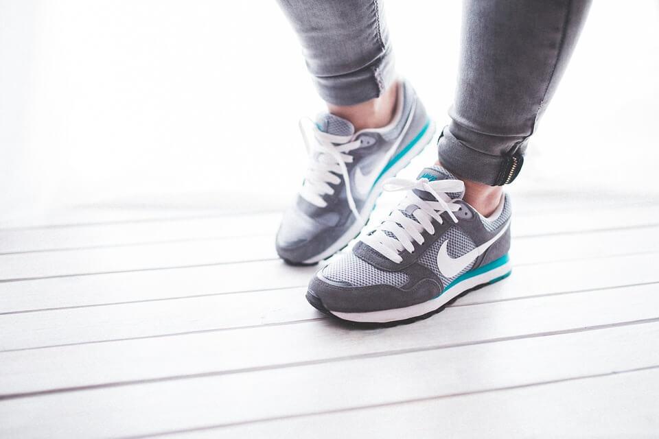 Andar adelgaza, ¿cuánto tiene de verdad?